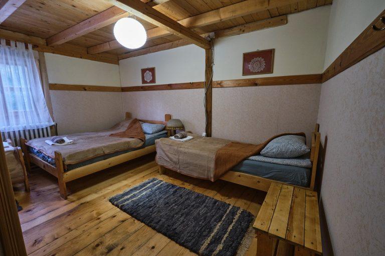 Ognjiste soba 2